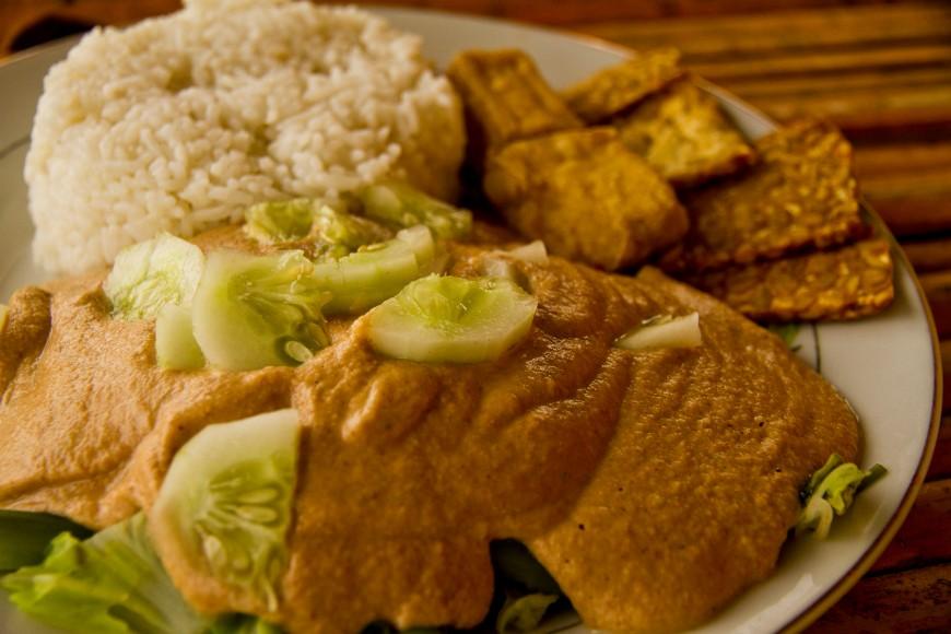 Indonesia-Salsa cacahuete